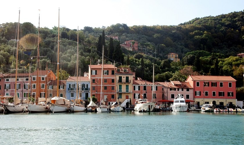 Cinque Terre private boat tour with chef lunch on board